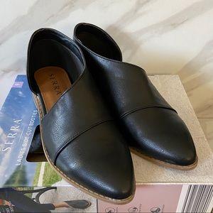SERRA Black Pointed Toe D'Orsay Slip On Flats